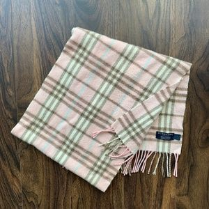 Burberry classic, cashmere scarf (pink)
